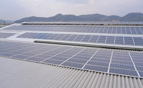 住宅用・産業用太陽光発電システム